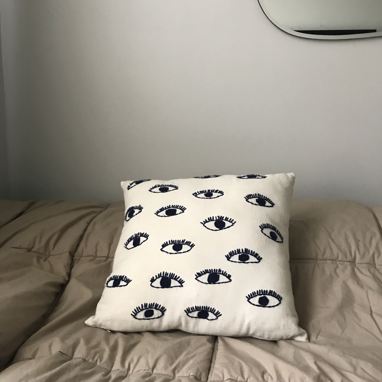 urban outfitters eye pillow case one side has