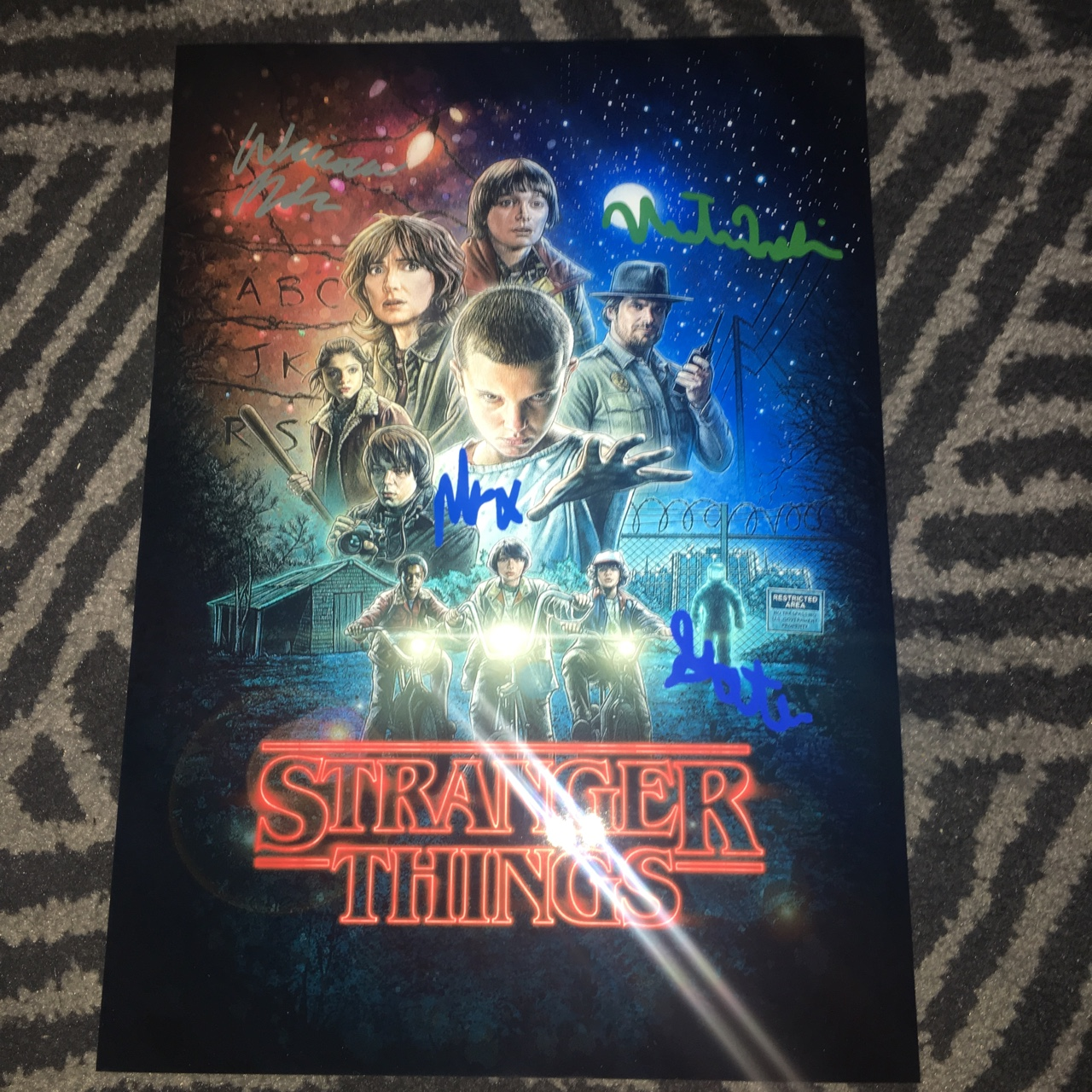 stranger things signed poster signed by 4x of the