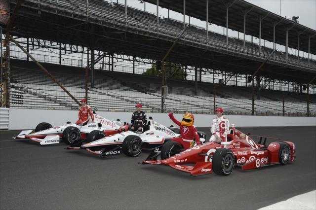 La edición No. 99 de la Indy 500 se desarrolló bajo polémica por lo que ocurría con los autos equipados con Chevy (FOTO: Jim Haines/INDYCAR)