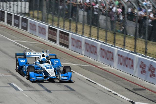La primera victoria de Pagenaud con Penske llegó en Long Beach (FOTO: Chris Owens/INDYCAR)