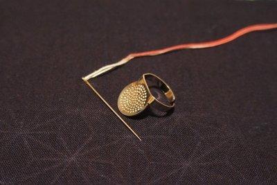 A set of Sashiko Needles (51.5mm) and Round thimble