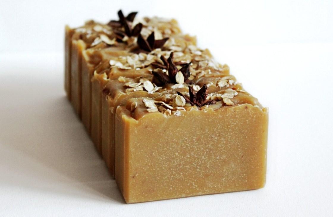 PUMPKIN AND OATS colloidal oatmeal essential oil soap