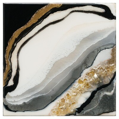 Oyster Pearl Goddess l -- Kimberly Leo