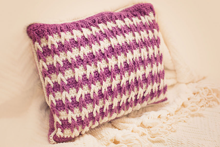 Double Dutch Pillow Crochet Pattern