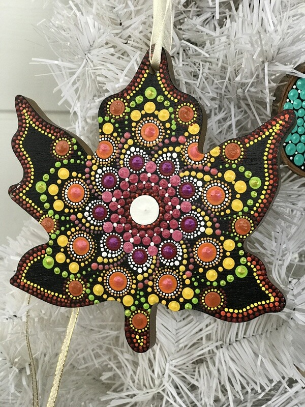 Dot Mandala Maple Leaf Christmas Ornament Wall Decor
