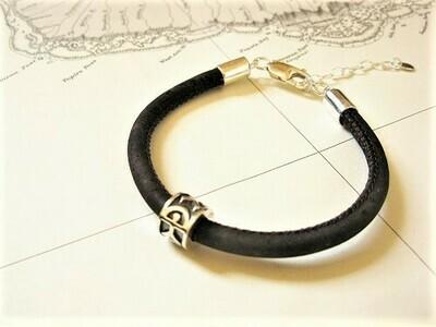 Indalo bead bracelet ~ 925 silver+ cork