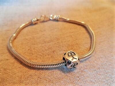 Indalo bead bracelet ~  silver, classic