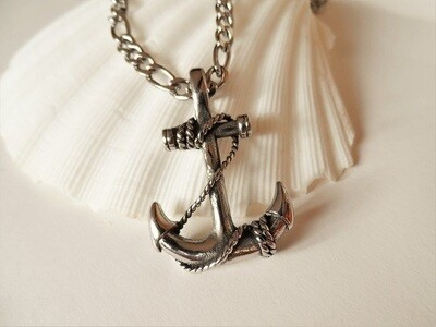 Anchor necklace for hope, adventure and fun