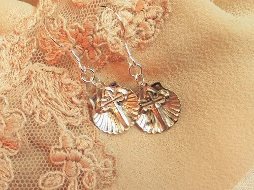 Scallop shell earrings with St James cross