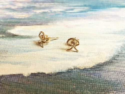 Indalo stud earrings ~ silver with zirconita