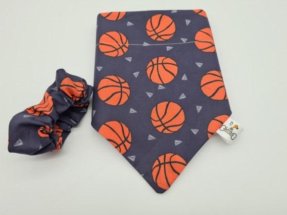 Ball Scrunchie