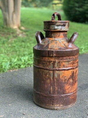 Rusty Milk Can, Oil Can, Porch Decor