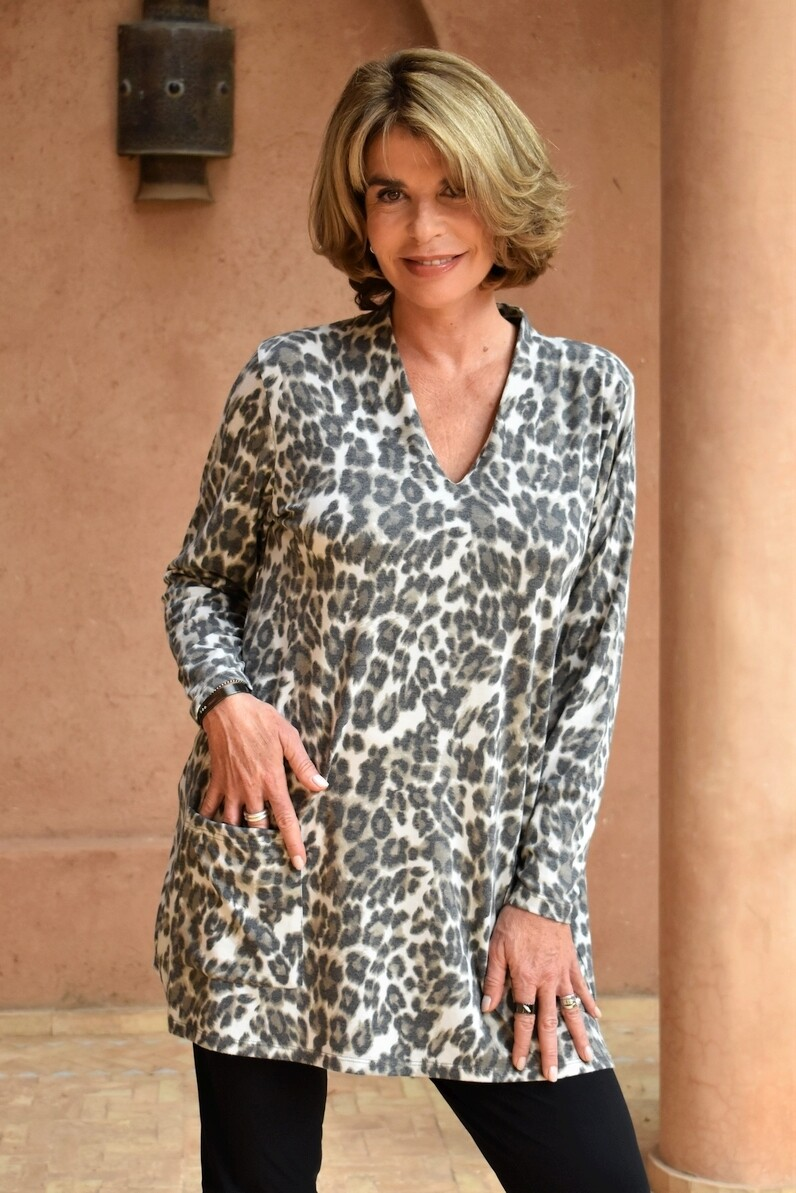 Kasbah Touria - Leopard Print Tunic - Soft Grey