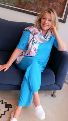 KASBAH Palaya - Turquoise Jersey Crop Trousers