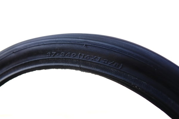 """Primo Comet 37 (33) - 349 / 16 x 1 3/8"""" Skin wall all black tyre for Brompton bikes"""