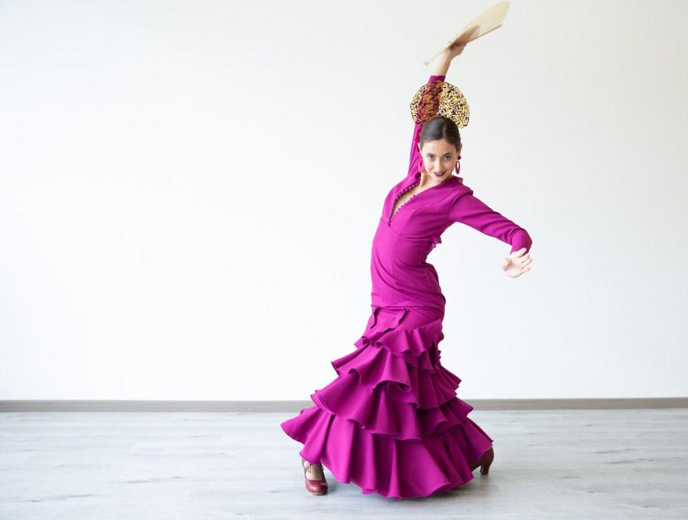 Vestido Sibilina Modelo Juanita Color Cardenal Talla cuarenta