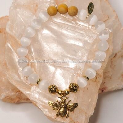 Selenite & Sandalwood Bee Bracelet