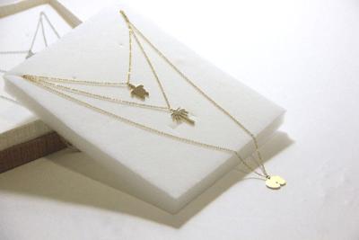 Seychelles' symbols necklace