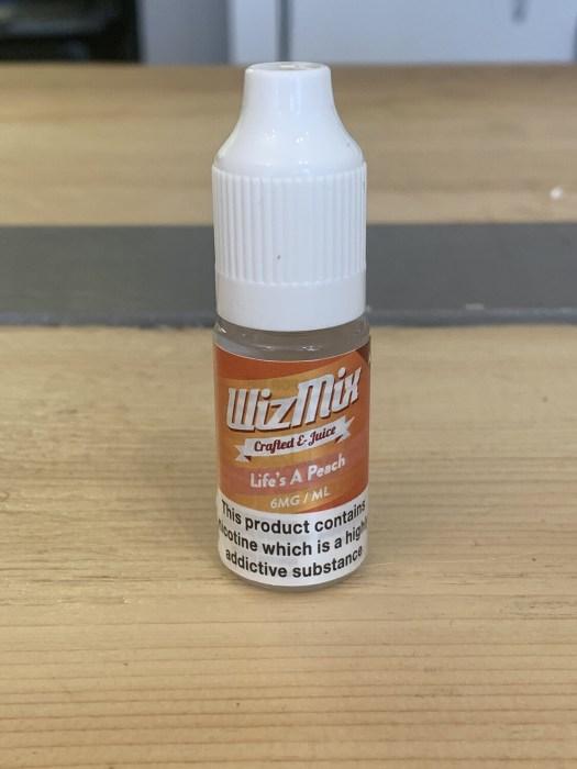 WizMix Life's A Peach 10ml 6mg 50/50