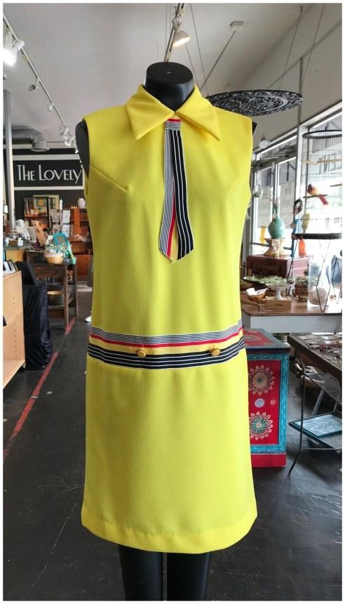 Vintage Sleeveless Day Dress