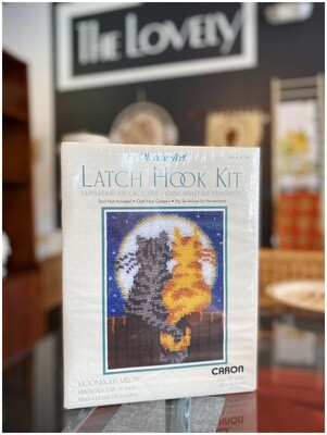 Latch Hook Kit Moonlight Meow