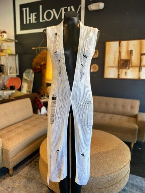 Modern White Knit Sleeveless Distressed Long Vest