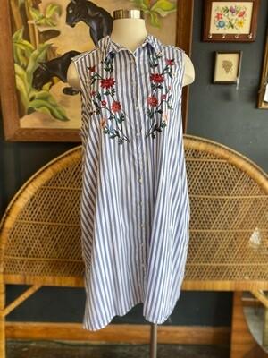 Modern Embroidered Floral Sleeveless Shirt Dress
