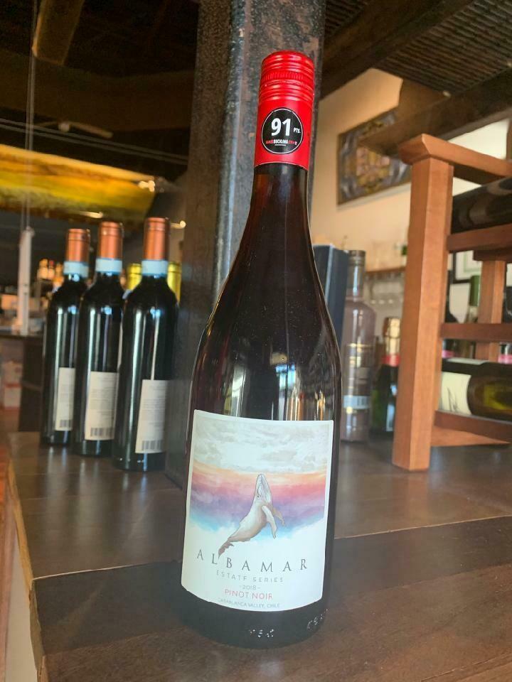 Albamar Pinot Noir