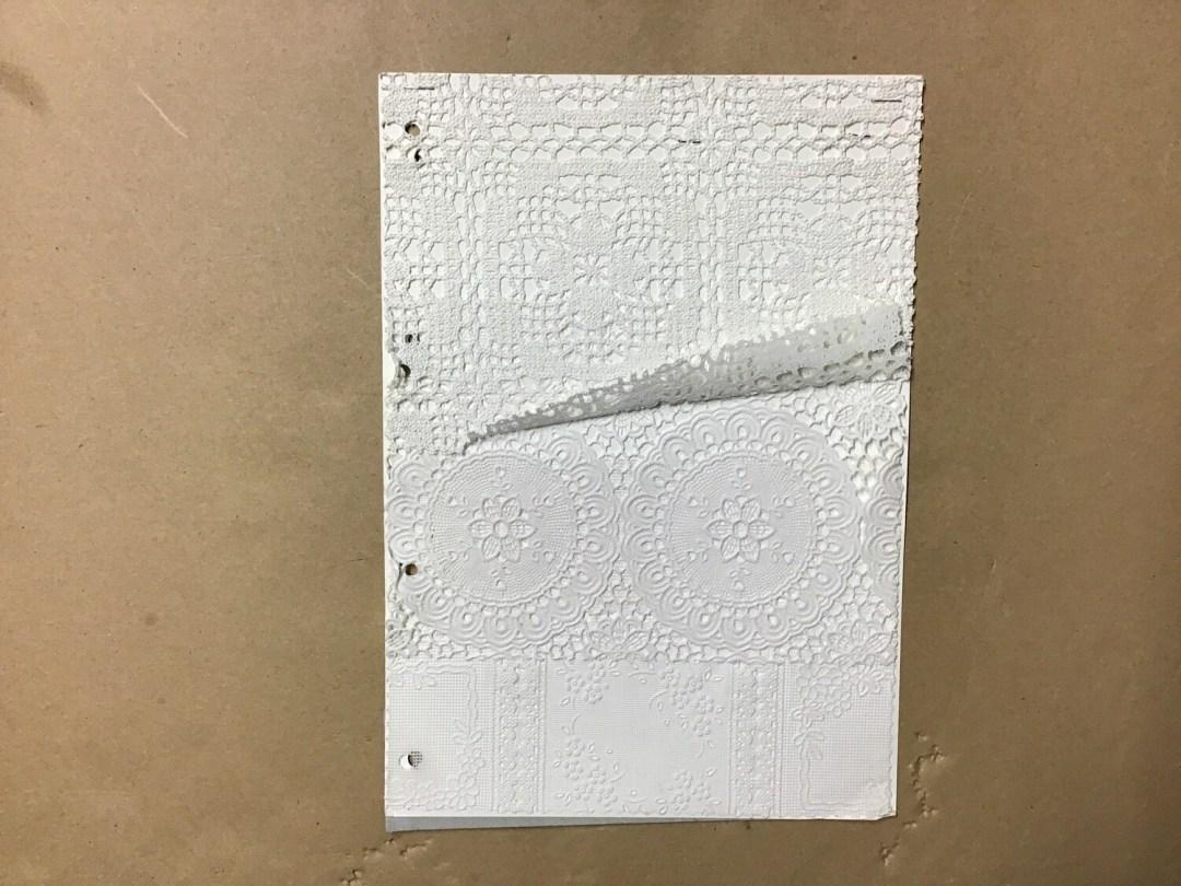 Tissu dentelle avec motifs 140