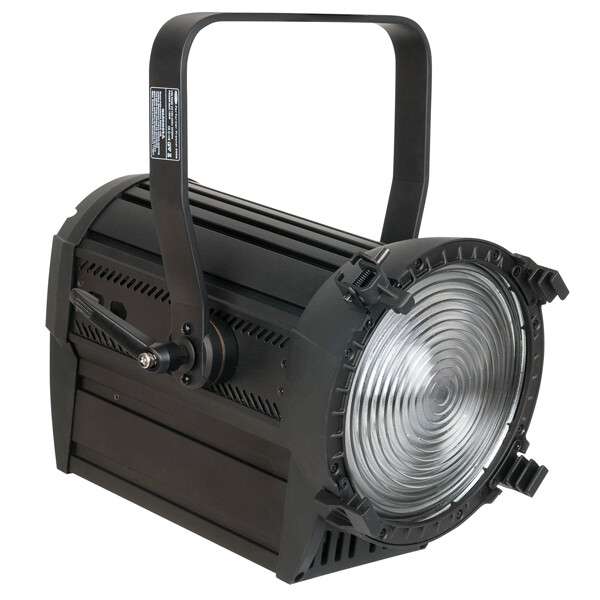 Projecteur Fresnel Led COB 250W SHOWTEC Performer LED 2000 DDT MKII