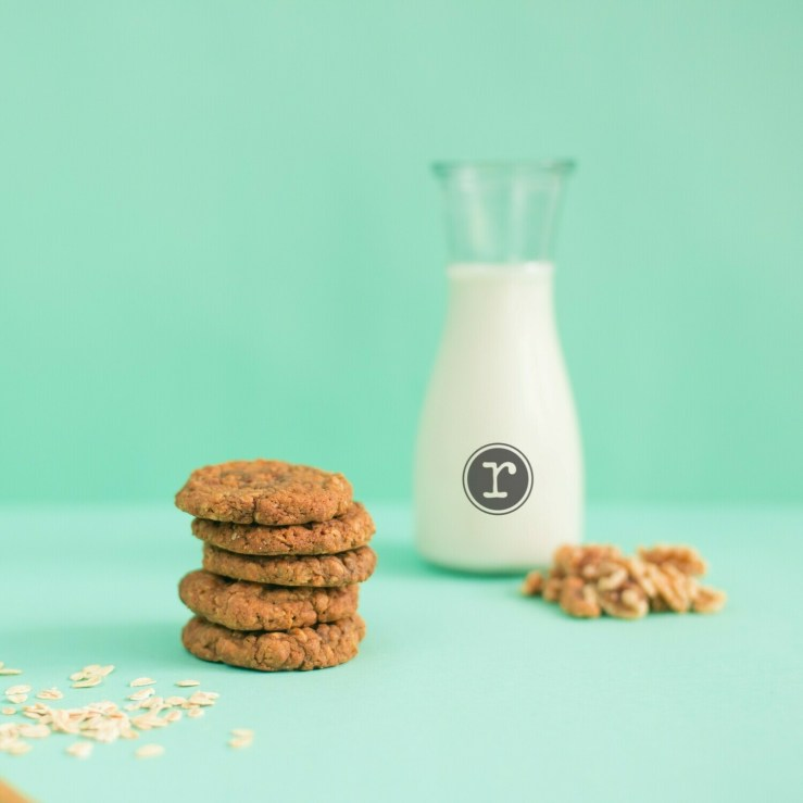 Oatmeal Molasses Walnut Cookies