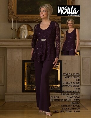 Ursula of Switzerland 43239 pantsuit size 24