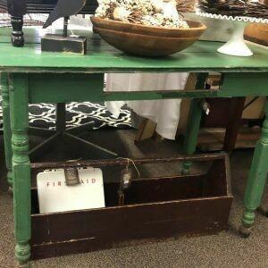 Green Farm Table