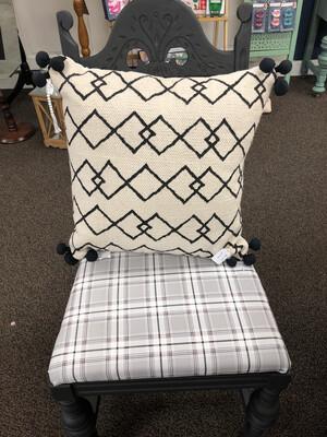 (272)tribal pillow