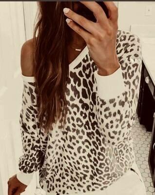 (136) Leopard Print LS Top