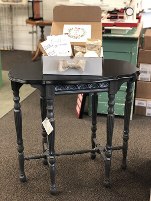 (63) Black/Gray Side Table