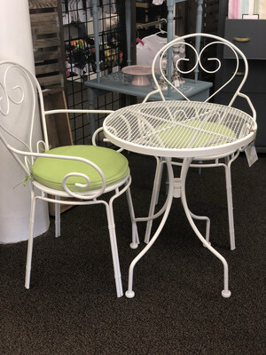 (75) Metal bistro table w/ 2 chairs & green cushions