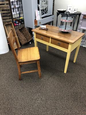 Childs Desk w/Chair