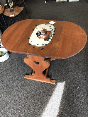 (688) Small wildlife painted dropleaf table