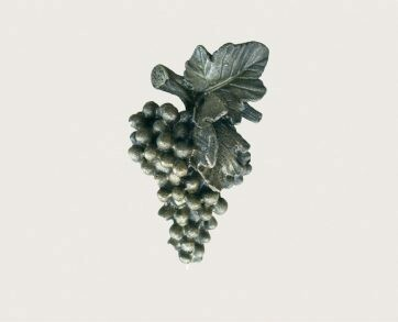 Emenee Decorative Cabinet Hardware Grapes Large Knob 2-3/4