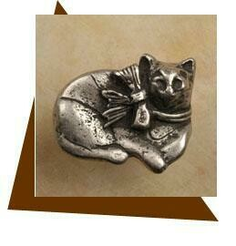 Anne at Home Calico Cat Cabinet Knob-Small-Facing Right
