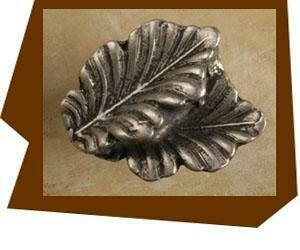 Anne At Home Fancy Double Oak Leaf Cabinet Knob-POINTS UP