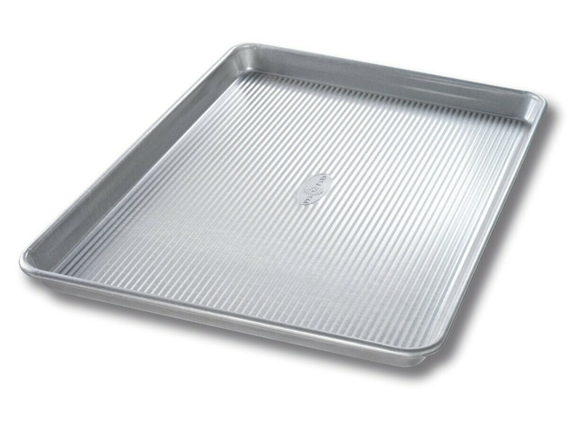 USA Pan Half Sheet Pan 17.25