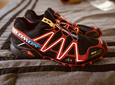 #504 Salomon Speedcross 3 CS   Trail Running Shoes   Size Male 13 Unisex Women 14   Black and Red   ORIGINAL MSRP $140.00   FREE SHIPPING