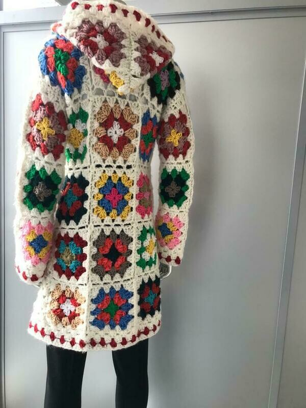 VINTAGE HAND CROCHETED CARDIGAN