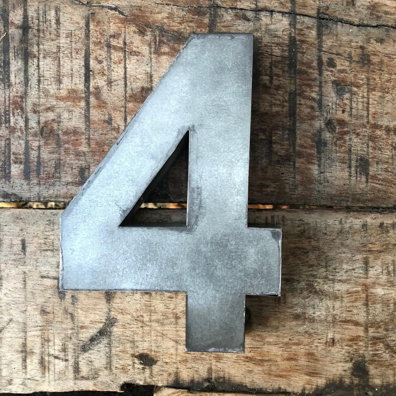 Numéro de maison en zinc - N°4