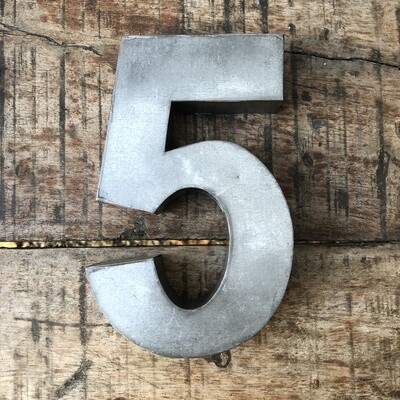 Numéro de maison en zinc - N°5