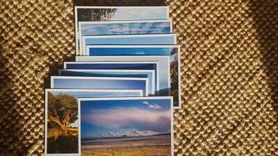 Selection of 10 (plastic free) postcards