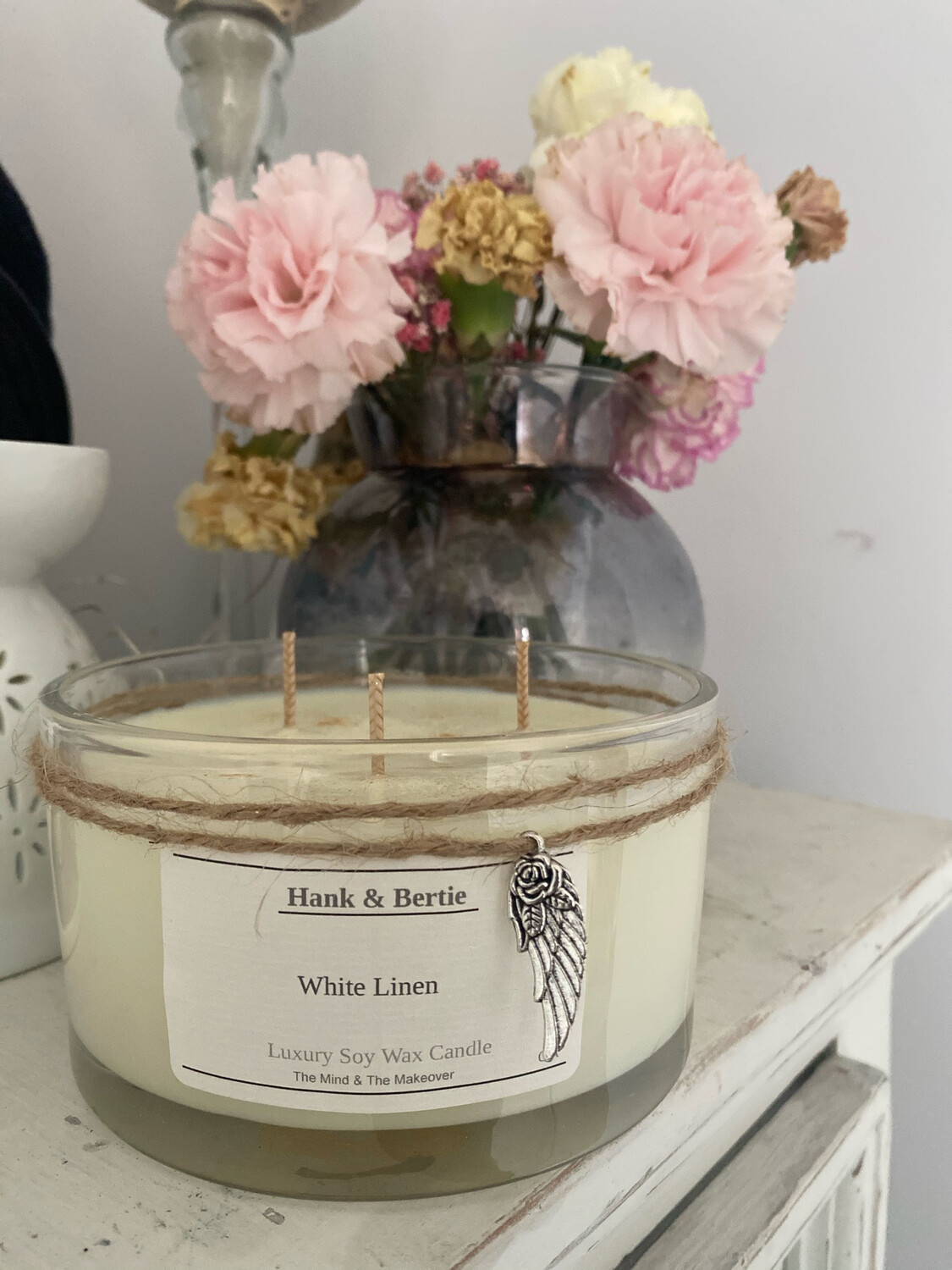 White Linen 55cl Deluxe 3 Wick Candle