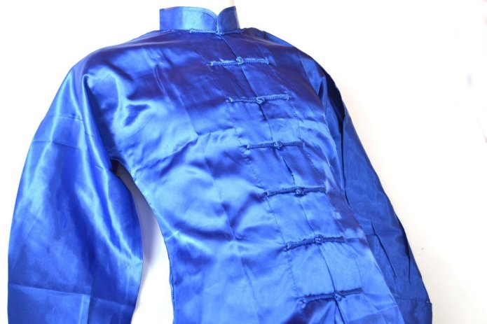 Uniforme Tai Chi y azul fabricado en poliseda